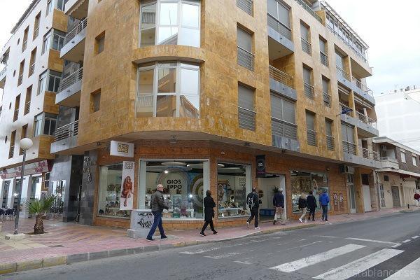 hyra lägenhet spanien alicante